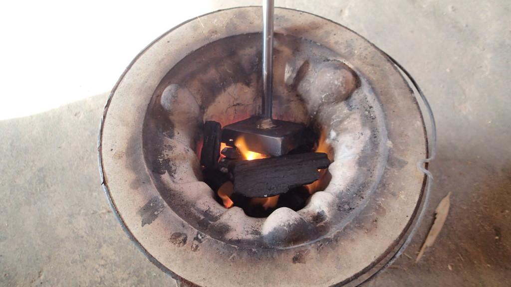 七輪で焼いて、